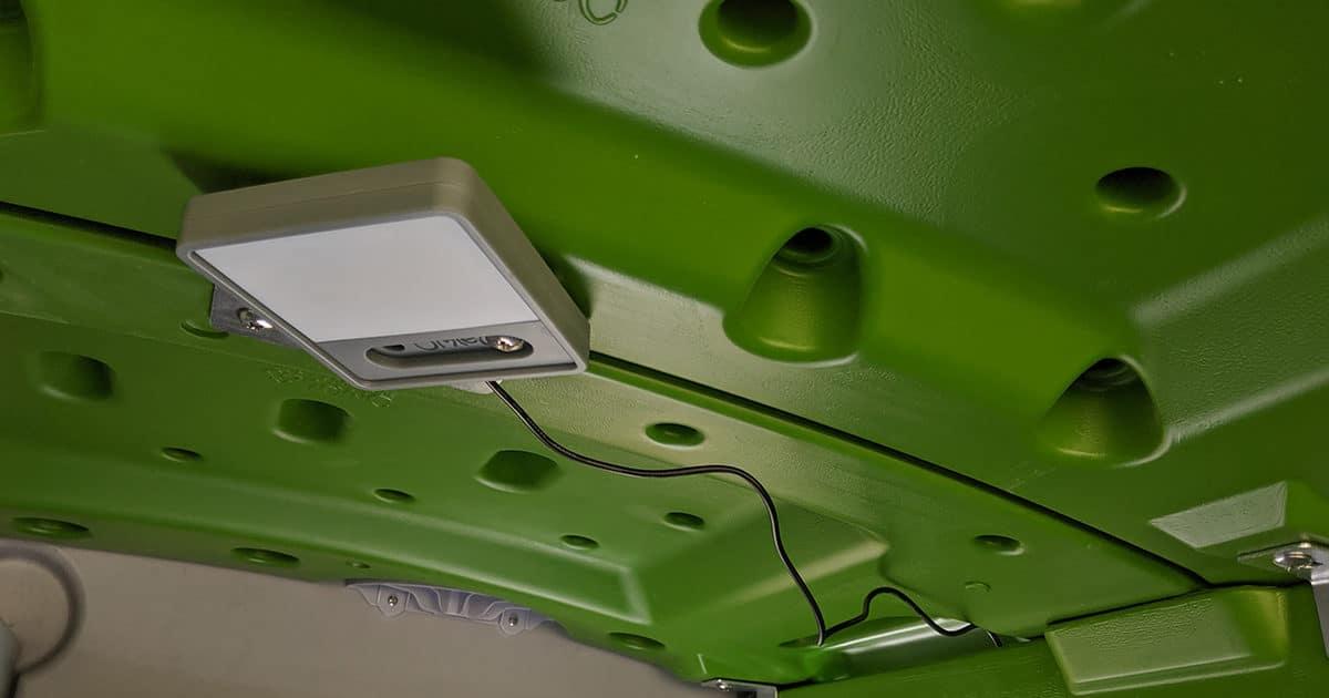 Porte de poulailler automatique Coop Light - Poulailler